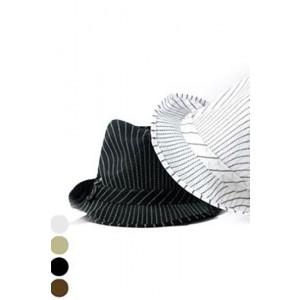 מגבעת בד שחור אפור ולבן