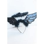 הילה עם כנפיים שחור ולבן
